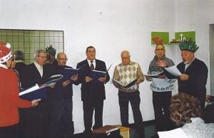18-12-2009 il coro del Circolo Amicizia Sarda con i disabili della coop. Il Prato a Treviso04