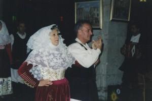 20-02-2004 gruppo folk di Osilo e coro alpini Preganziol01