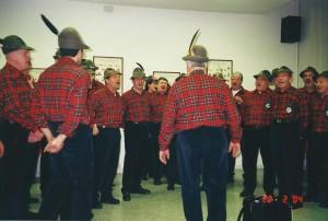 20-02-2004 gruppo folk di Osilo e coro alpini Preganziol02
