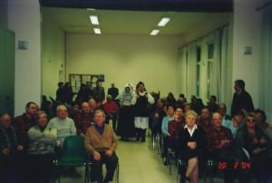 20-02-2004 gruppo folk di Osilo e coro alpiniPreganziol02b