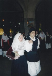 20-02-2004 gruppo folk di Osilo02
