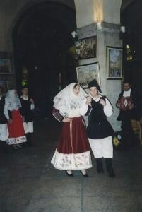 20-02-2004 gruppo folk di Osilo03