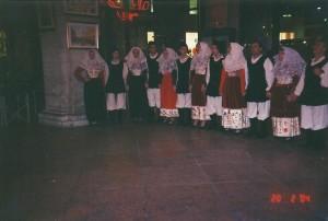 20-02-2004 gruppo folk di Osilo03b