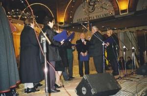 Mogliano (TV) in piazza per la vigilia di Natale coro del Circolo